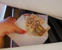 bargeld unter der matratze bei diebstahl nur begrenzt versichert. Black Bedroom Furniture Sets. Home Design Ideas