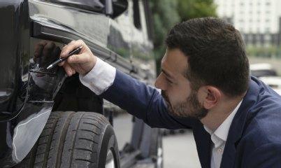 Fahrerflucht Versicherungsschutz Auch Bei Lackschaden Gefahrdet