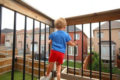 Gefährlicher Spielplatz Balkon Kindersicher Machen
